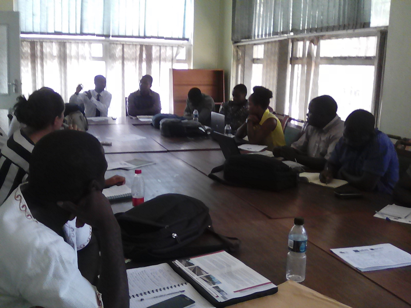 Malawi: first discussion on roads for water with representatives of road sector, water sector, agriculture and universities