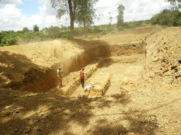 Developing a roadside pond in Kenya